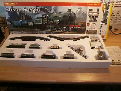 Hornby R1018 'Steam freight' electric train set, 00 gauge, Oval track + pack A.