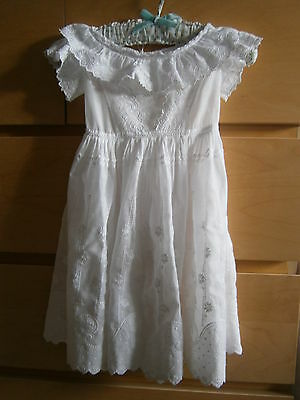 Antique Edwardian very pretty young childs broderie anglais white dress  c1905
