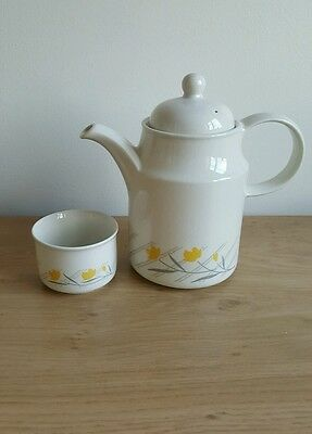 Coloroll coffee pot and sugar bowl