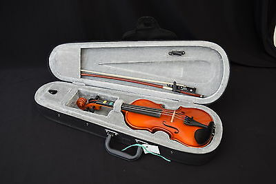 1/8 Size Violin with Bow in Hard Case