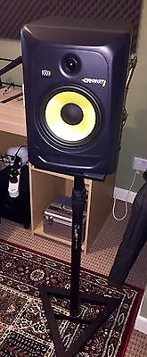 krk rokit 8 G3 Active Monitors (pair) With Cables And Stands