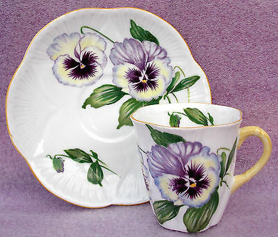 Striking Shelley 'pansies' Pttn Coffee Cup & Saucer, Dainty Shape