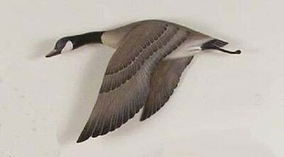 Lodge Art Designs Flying Goose Wings Down Hand Carved Wood Wall Sculpture
