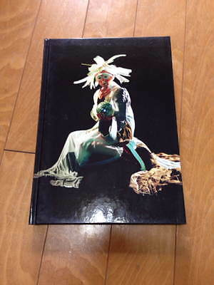 Future Beauty 30years of Japanese Fashion book art Comme Des Garcons