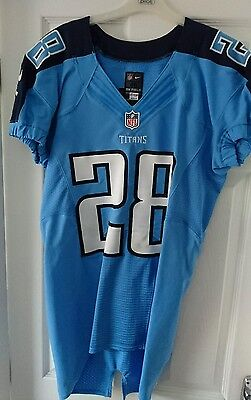 NFL signed player issue Tennessee Titans jersey