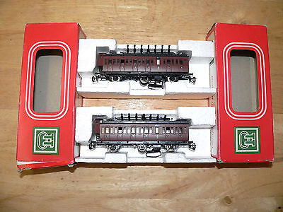 2 Boxed Tt 6 Wheel Coaches In Excellent Condition