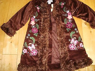 Girls Gap cozy dark brown embrodeired coat 4 years new with tags