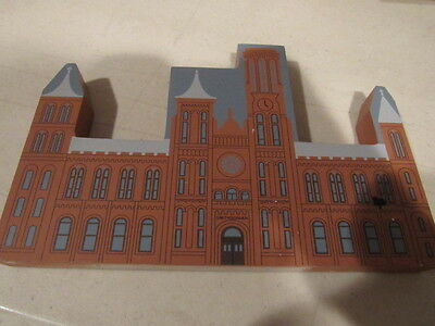 "Cats Meow Village ""The Castle"" & Graf SMITHSONIAN INSTITUTION Retired Washington"