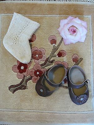 ANTIQUE DOLLS OUTFIT for 24 inch DOLL & HAND made SHOES & SOCKS! EXQUISITE WORK!