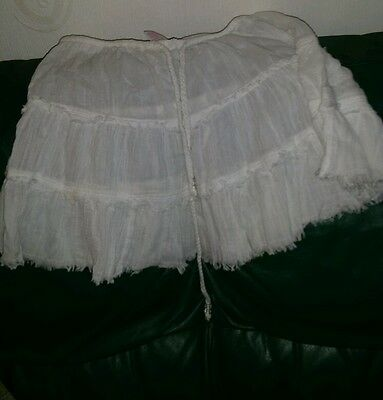 Girls White Cotton Skirt by Bay. Age 8 Years. Elasticated Waist.