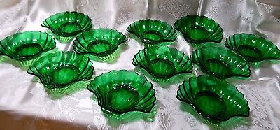 Anchor Hocking Forest Green Holiday Sea Shell Serving Pieces Candy Dish 11 Bowls
