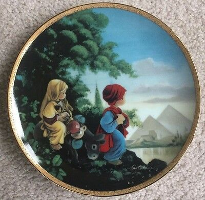Precious Moments Christmas THE FLIGHT INTO EGYPT Collector Plate with COA & BOX