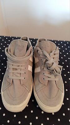 Gola Trainers Grey / White Canvas & Suede UK Size 3 Lace up