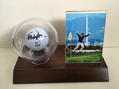 Golf Tom Watson Signed Ball In A Pvc Display Case On A Wooden Base