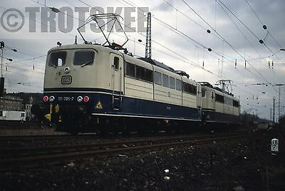 35mm Slide DB West Germany Railways Electric Loco 151 095 Ozterfeld 1984 Orig