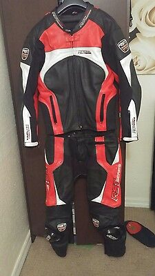 RST RED Black pro Series Two Piece Motorcycle Leather Suit mens medium