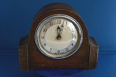 Vintage Wooden Oak Cased Mantle Clock by FERRANTI Made in England