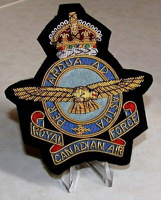 Canada RCAF Royal Canadian Air Force GVI Blazer Crest  Badge 1939 - 1952  KQ WW2