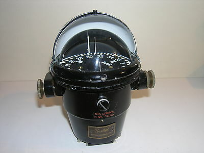 Sestrel marine compass by Henry Browne & sons, London in GWO
