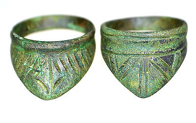 Lot of two Roman Bronze Archer's Rings