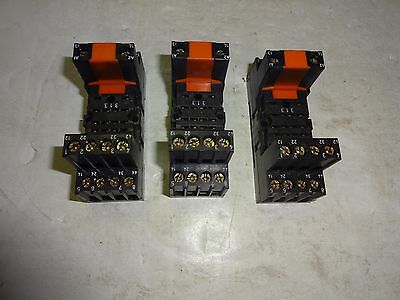 Lot Of 3 Rs Components 376-127 Relay Socket 5 Amp, 250V