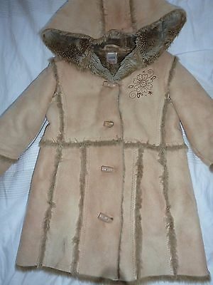 Gorgeous M&S warm winter fur lined sheepskin duffle coat 2-3years - so cosy!
