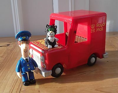 Postman Pat Large Friction Van With Figures