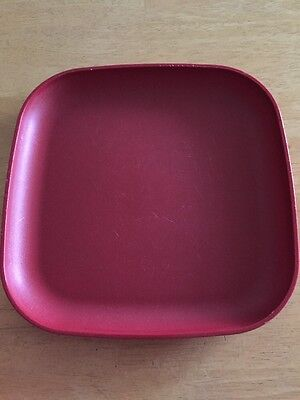 """Vintage Tupperware One Red 8"""" Plate - GUC"""