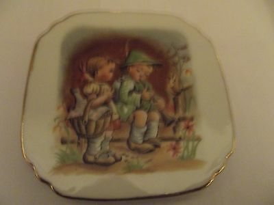 Collectors Plate Boy And Girl