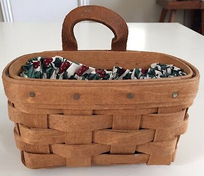 LONGABERGER BASKET MEASURES 6 x 4 INCHES SIGNED DATED 1988 w/ LINER
