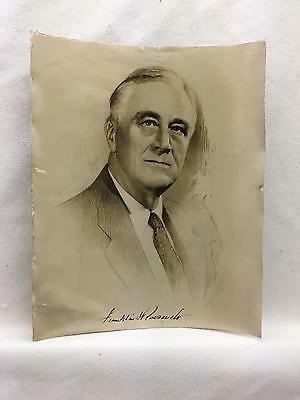 """Vintage """"Signed"""" Glossy 8"""" by 10"""" Photograph of Franklin D Roosevelt Portrait"""