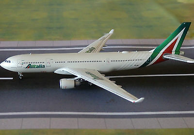 Alitalia A330 Model Aircraft 1/400 Scale Gemini Jets