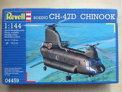 Revell 04459 Boeing CH-47D Chinook 1:144