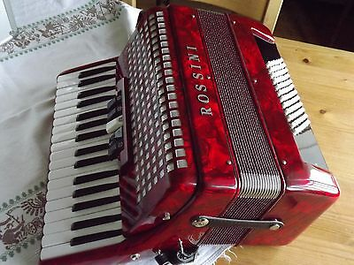 Piano Accordion Rossini 72 bass