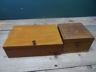 2 Vintage Wooden Boxes / Trinket Boxes / Jewellery