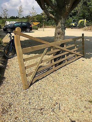 Quality Wooden 12ft Curved Heal, 5 Bar Gate