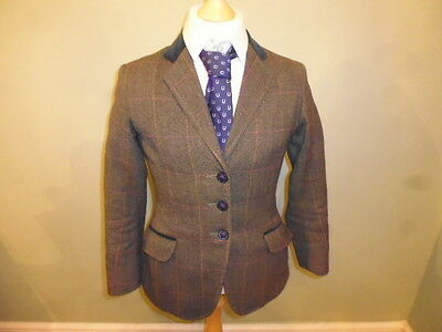 "Girls green wool tweed show jacket size 26"" age 7-9 years"