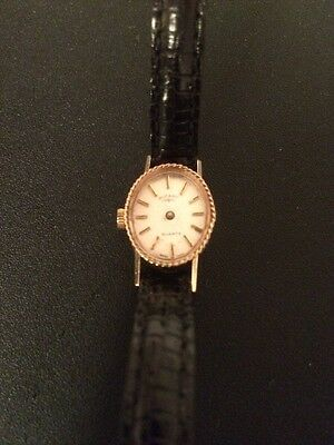 Ladies 9ct Gold Watch Rotary