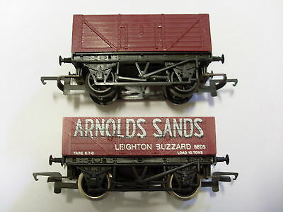 Hornby Triang Model Railway Train - 2  Rolling Stock Wagons