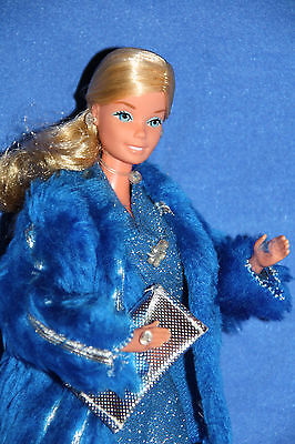 Superstar Barbie in rare european Dramatic Blue #2253 from 1978