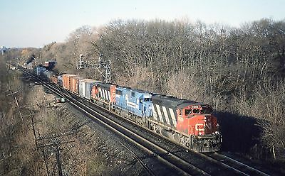 CN  # 9605 on EB at Bayview