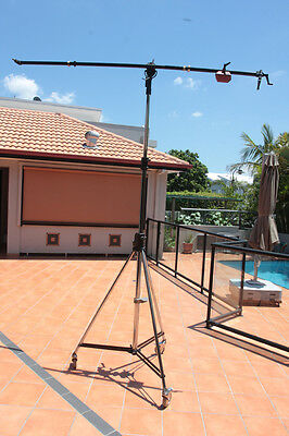 manfrotto double wind up heavy duty dolly and boom