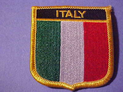 Italy Flag Embroided On Iron Patch  2 1/2 X 2 3/4