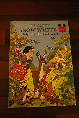 1980 SNOW WHITE HELPS THE 7 DWARVES~ Disney's Wonderful World Of Reading Book