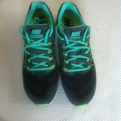 Nike Vomero 10 In Black Green / Lime Size UK 9.5