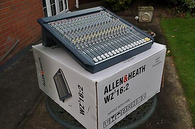 Allen and Heath Mixwizard 3 16:2