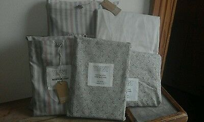 "New! Toast King 'ditsy"" Fitted Sheet & Pillowcases"