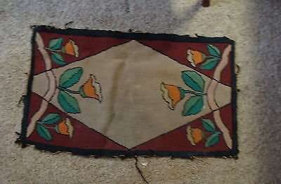 vintage Arts and Crafts rug with flowers