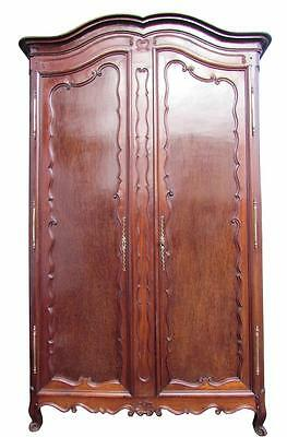 A Stunnig Large Impressive Early 19 th C Mahogany Armoire Wardrobe