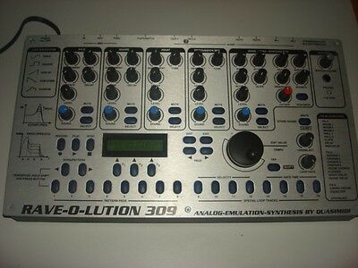 Quasimidi Raveolution Rave-o-lution Groovebox Synth Sequencer Rave o lotion